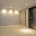 14_1階 エレベーターホール